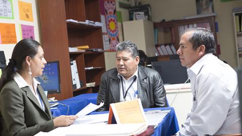 Normas y orientaciones para el desarrollo del año escolar 2016 en la educación básica: responsabilidades de las DRE y UGEL.