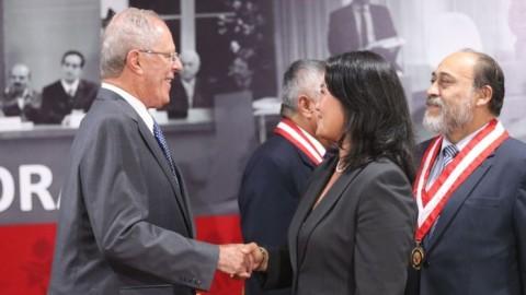 """""""Pedro Pablo Kuczynski y Keiko Fujimori frente a la educación pública"""", por Manuel Burga"""