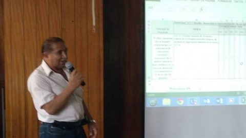 Luis Rivera, ganador de la beca para el V Seminario Nacional de Investigación Educativa