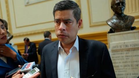 Fuerza Popular presenta moción de censura contra ministro Saavedra