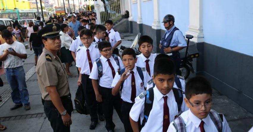 117327-minedu-mas-8-millones-medio-escolares-vuelven-hoy-aulas-minedu-gob-pe