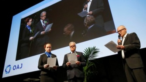 Sindicato finlandés establece el juramento del docente