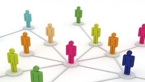 Opinión: Débiles argumentos para desmontar la descentralización, un artículo de Román Aler