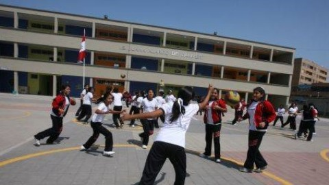Herodes en el sector educación, un artículo de Roberto Ochoa