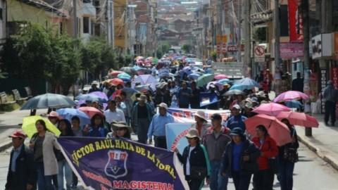 Cusco: anuncian reinicio de diálogo entre el gobierno y los maestros