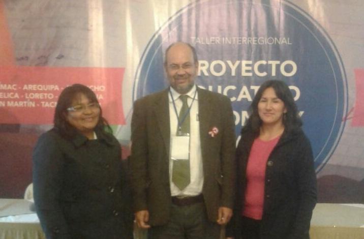 Docentes rurales entrevistadas junto al edugestor y consejero CNE, Martín Vegas.