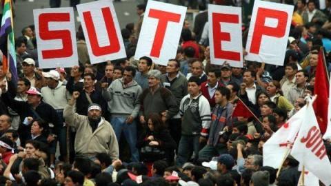 Ex dirigentes fundadores del Sutep emiten comunicado sobre situación magisterial