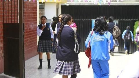 Arequipa: Escolares migrarían a colegios privados por huelga docente