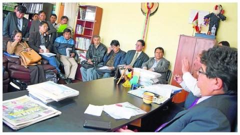 Junín: Directores de UGEL no descontarán sueldos de agosto a docentes