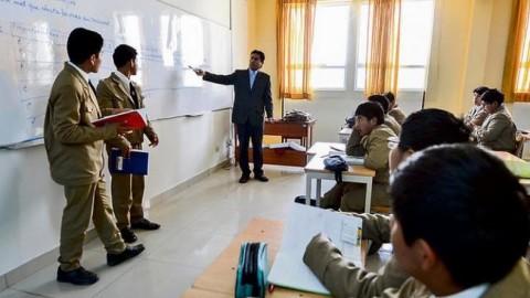 Arequipa: Escolares no recuperan tiempo perdido en huelga