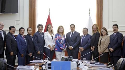 PCM y gobierno regionales acuerdan fortalecer descentralización