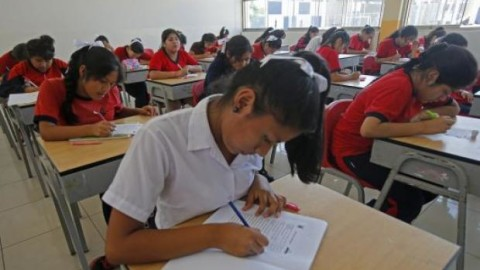 Defensoría pide desestimar demanda contra Currículo Nacional