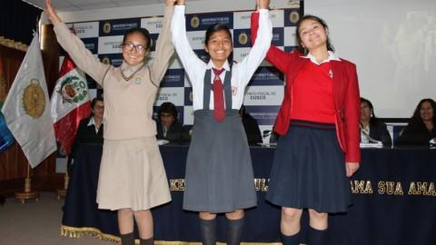 Cusco: premian a escolares ganadores de concurso sobre lucha anticorrupción