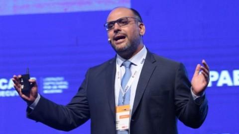CADE 2018: Ministro Alfaro considera que empresarios deben aportar contenido al currículo
