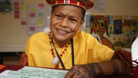 Más de un millón estudiantes recibe educación intercultural bilingüe en el Perú