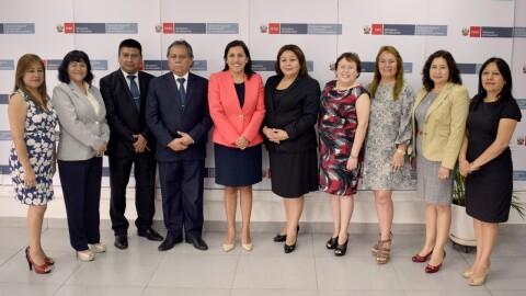 """Ministra Flor Pablo: """"Lima debe potenciar trabajo con docentes para la mejora de los aprendizajes rumbo al Bicentenario"""""""