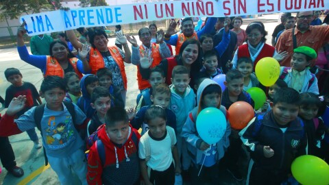 Colegios abren turnos para acoger a escolares que no alcanzaron vacantes