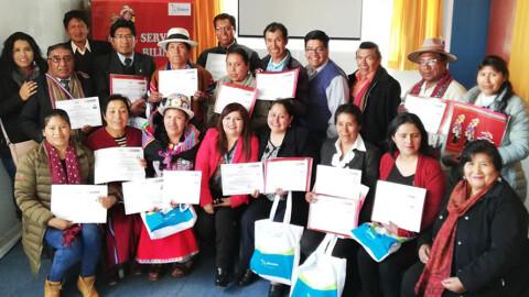 Puno: servidores públicos se certifican como expertos en quechua y aimara
