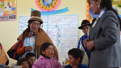 Perú tiene 26,862 escuelas de Educación Intercultural Bilingüe
