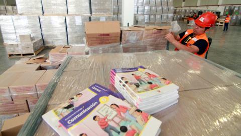 Buen Inicio del Año Escolar: comenzó distribución de materiales educativos