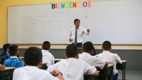 Minedu incluye aumento de sueldo para maestros en presupuesto del 2020