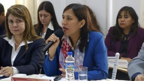 Otorgan bono especial a docentes de zona críticas de frontera