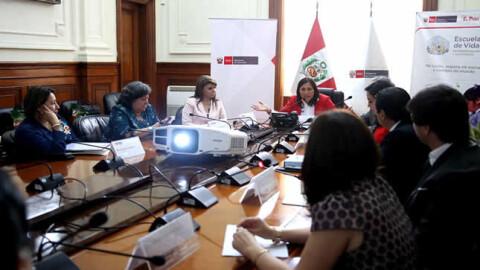 Instalaron comisión para mejorar aprendizajes y capacidades de escolares