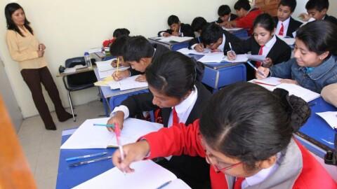 Colegios privados rechazan DU que establece medidas contra informalidad en servicios educativos