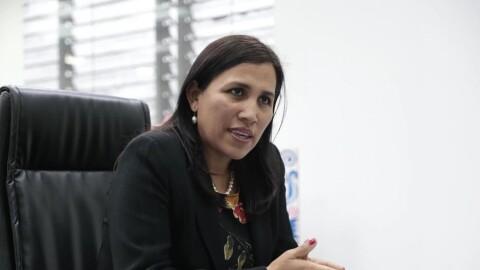 """Flor Pablo sobre cierre de falsos colegios: """"En ningún caso estudiantes se quedarán sin el servicio educativo"""""""