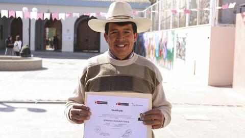 Ayacucho: Convocan a servidores públicos a certificarse como expertos bilingües