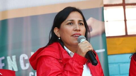 Comunidad educativa agradece labor a exministra Flor Pablo