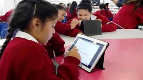 """La Libertad: """"250 mil estudiantes aprenderán con educación a distancia"""""""
