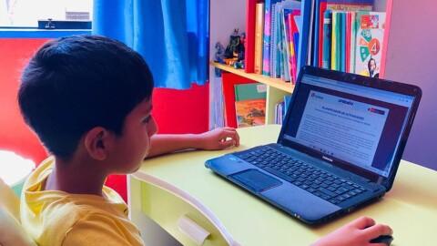 Minedu: Servicio educativo a distancia debe mantener enfoque orientado a competencias