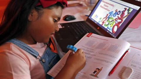 """Más de 335 radioemisoras de todo el Perú se suman a """"Aprendo en casa"""""""