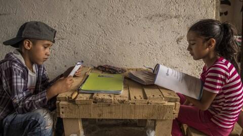 Las escuelas volverán a abrir: ¿estará lista América Latina y el Caribe?