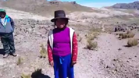Huancavelica: estudiantes caminan hasta dos horas en busca de señal de Internet