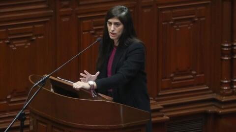 MEF: presupuesto destinará S / 600 millones para financiar aumento para docentes