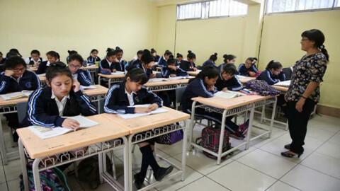 Reposición de docentes interinos afecta la meritocracia y la calidad de la educación
