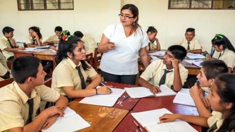 Nuevo incremento de remuneraciones para más de 405 mil docentes